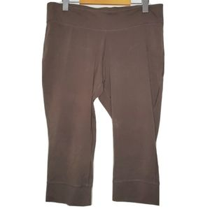 Patagonia | Brown Yoga Capri Leggings